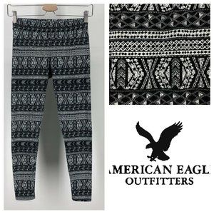 ⚡️ American Eagle M Leggings Black White Print